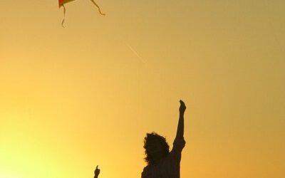kite-1666816_640-1-400x250 Blog